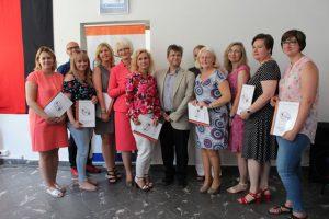 Wręczenie dyplomów opiekunom uczestników konkursu Na Zachód od Odry