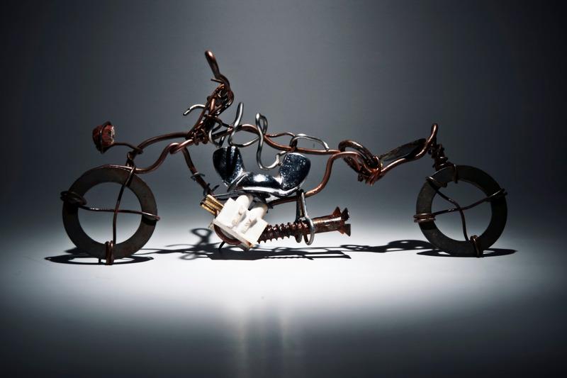 Miniaturowy rower z recyklingu