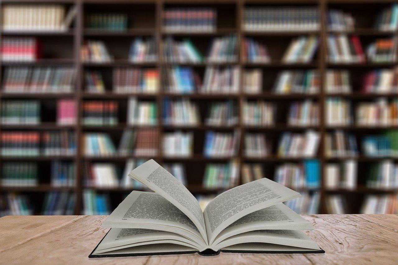 Otwarta książka, biblioteka, Pixabay