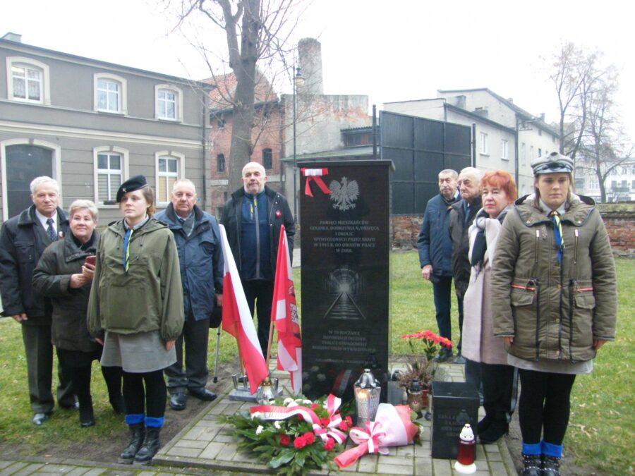 uroczystości upamiętniające 75 rocznicę deportacji mieszkańców Golubia-Dobrzynia i okolic do ZSRR