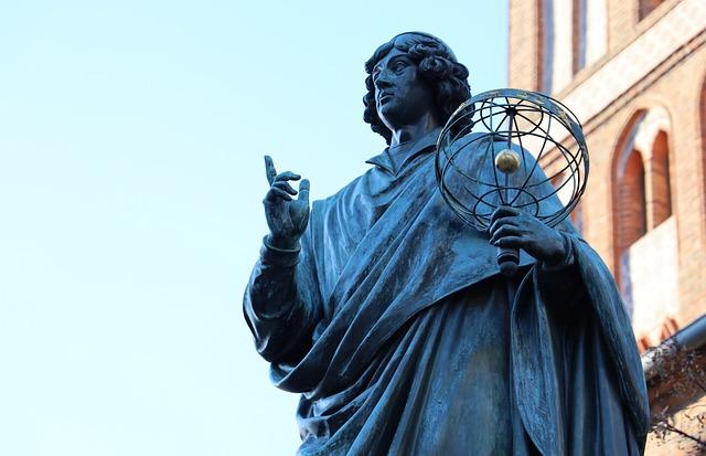 Pomnik Mikołaja Kopernika w Toruniu, Pixabay