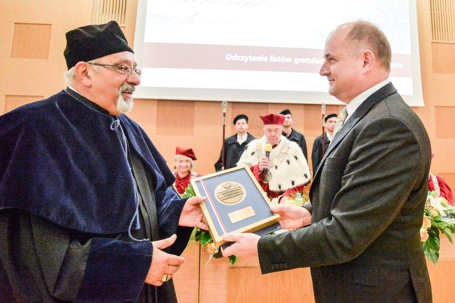 Prof. Buszewski został uhonorowany w 2018 roku Medalem Unitas Durat Palatinatus Cuiaviano-Pomeraniensis, fot. Tomasz Lewandowski