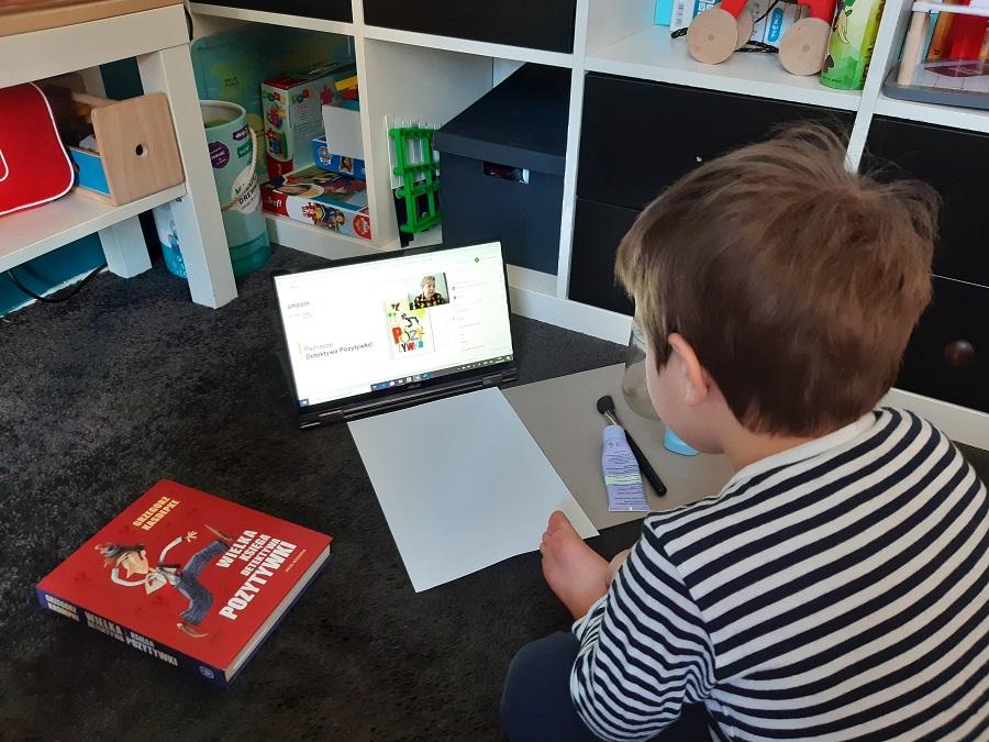 STEM Kindloteka online