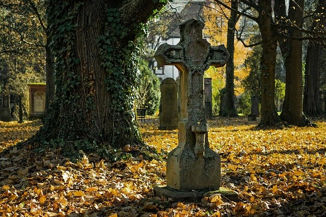 jesień, cmentarz